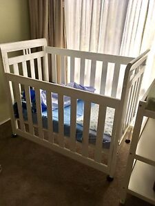 White Gro-time Cot/Mattress and bedding Lindisfarne Clarence Area Preview