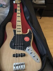 Fender Squire bass guitar 70's jazz and Amped amp brand new