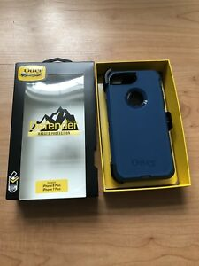 Iphone 8 plus 7 plus Otter Box Defender