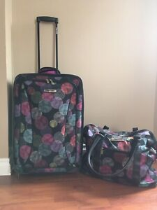 Tracker Luggage and carry on