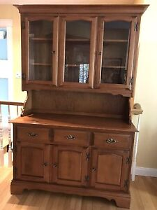 Vilas Maple China Cabinet with Hutch (two pieces)
