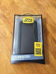 IPhone 5 & 5s Otterbox Case