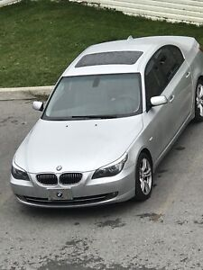 2009 BMW 528xi sport model(fully equipped)