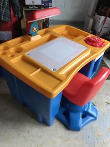 Table à dessins ou de bricolage Little Tikes