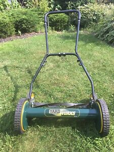 Yardworks Reel Lawn Mower 18-inch