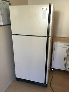 Maytag fridge large and clean