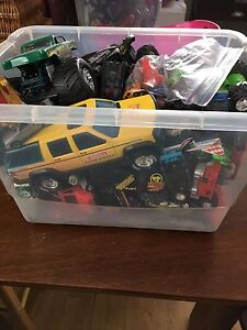 Tub of trucks and cars