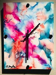 Abstract Contemporary Style Clock