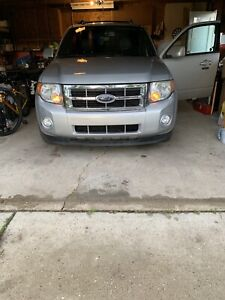 2008 escape limited awd with remote starter loaded