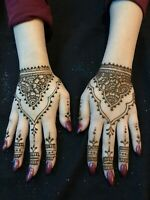 Natural Experienced Henna Artist for Amazing Price