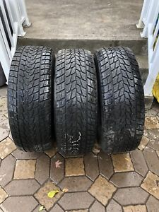 Pneus d'hiver 265/70 r17  Winter tires