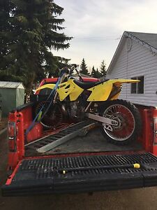 2001 Suzuki rm 250cc new rebuild last summer top and bottom end