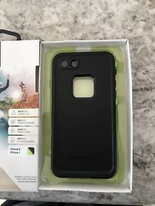 iphone 7/8 lifeproof fre case