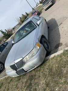 1999 Lincoln town care