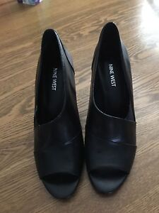 Brand new Nine West leather shoes