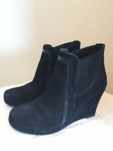Suede ankle booties (wedge heel)