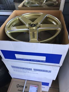 20inch staggered FR-C Simmons wheels rims alloys tyres mags Holden hsv