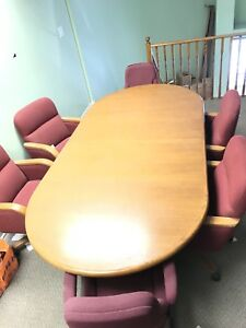 Conference table in good condition