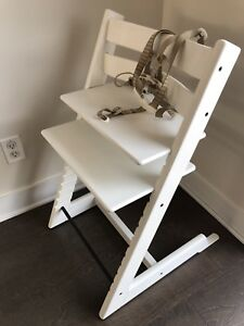 White Tripp Trapp High Chair - Chaise haute Tripp Trapp