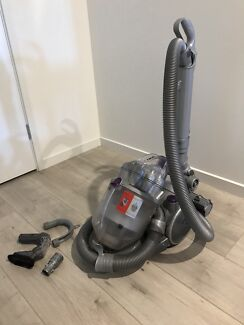 Dyson DC08 bagless electric vacuum cleaner turbo head attachments