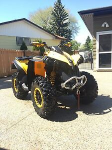 2014 Can-Am Renegade 800r, ONLY 223 Km!