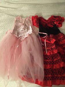 Robes pour déguisement et accessoires 3-4 ans