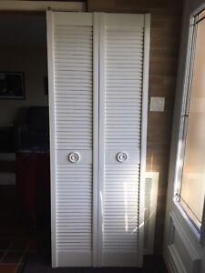 2 Portes pliantes pour garde-robes