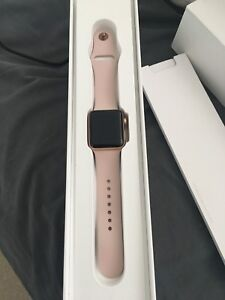 Apple Watch Rose Gold 38mm new condition! series 3