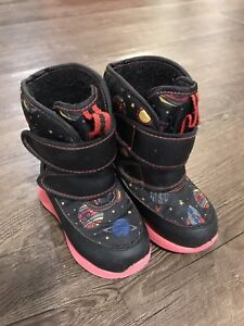 Toddler Cougar Winter Boots Size 7