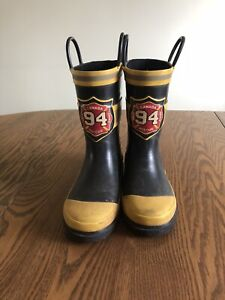 Rain boots size 11