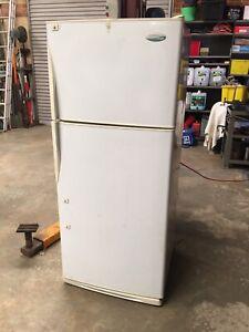 Fridge Freezer Westinghouse 390 Litre Cyclic Defrost