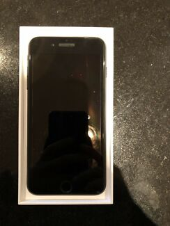 5 MONTH OLD iPhone 7PLUS 128GB