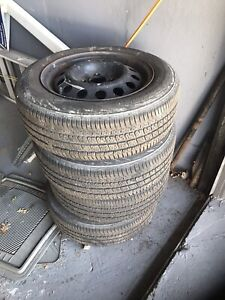 4 tires on rimes : 175 60R 14´´