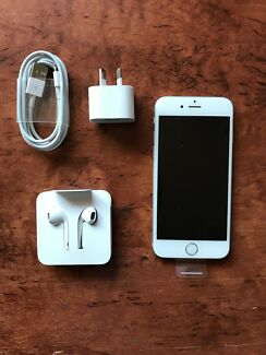 NEW iPhone 6S 128 gig. Unlocked!! 2 year warranty new accessories