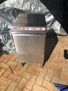 Commercial glass washer Gwelup Stirling Area Preview
