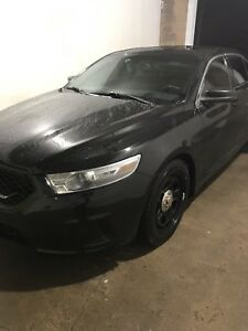 2013 Ford Taurus AWD keyless entry & remote start !!!!