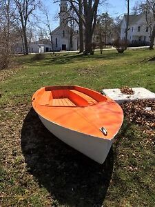 "12"" Kolibri sailboat"