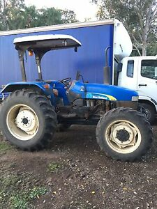 New Holland Tractor TT75 Wivenhoe Pocket Somerset Area Preview