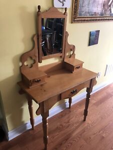 Beautiful antique vanity make up table