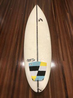 Epoxy Superwhite Surfboard