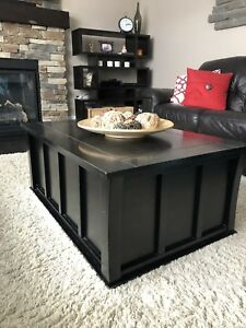 Coffee table with storage and 2 end tables