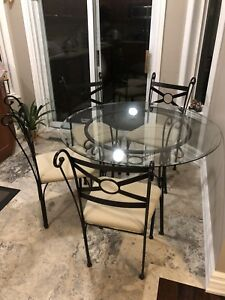5 Piece Glass Dining set in Mint condition for $150