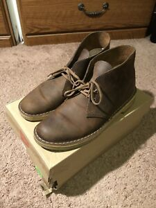 Clark's desert boot - TAG SIZE IS 8 BUT FITS LIKE A 9