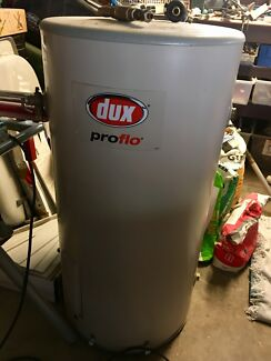 Dux Proflo  125ltr Electric Hot Water System $180