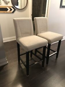Counter Chairs / Stools