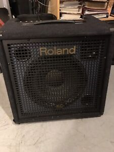 Roland KC-350 Stereo Mixing Keyboard Amp.