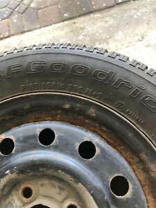 4 Winter tires / 4 pneus d'hiver - P185/65R14