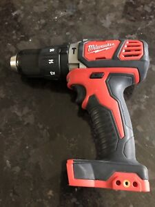 """Milwaukee M18 1/2"""" Hammer Drill (Tool only/outil seulement)"""