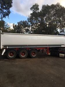 Tri or Bogie tipper wanted Casuarina Kwinana Area Preview