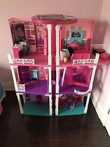 Barbie doll house.